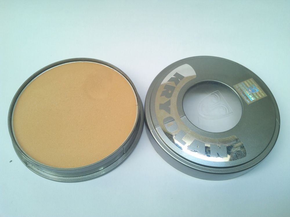 KRYOLAN CAKE MAKEUP FOUNDATION- FS38 | REVIEW AND SWATCHES (3/6)