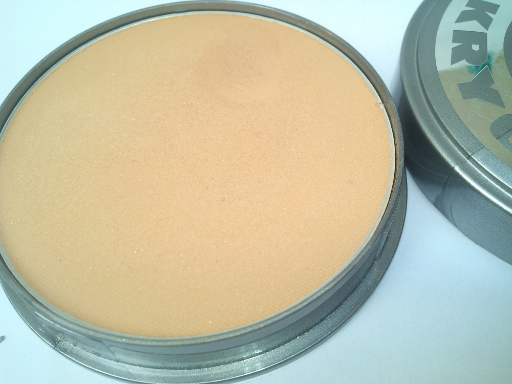 KRYOLAN CAKE MAKEUP FOUNDATION- FS38 | REVIEW AND SWATCHES (5/6)