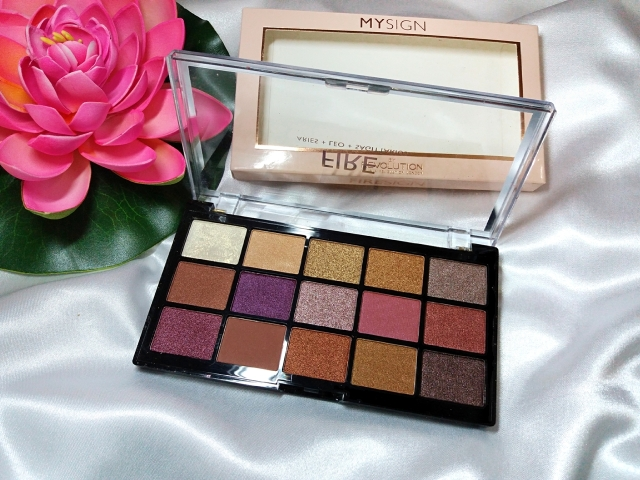 MySign Fire Eyeshadow palette 3