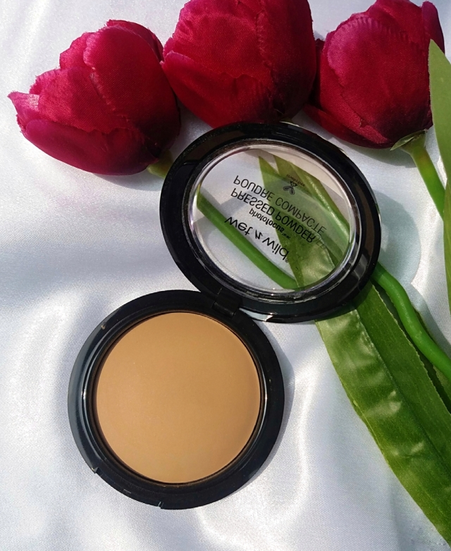 Wet n Wild PhotoFocus Foundation & Pressed Powder6