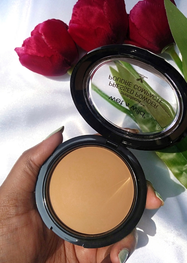 Wet n Wild PhotoFocus Foundation & Pressed Powder7.jpg