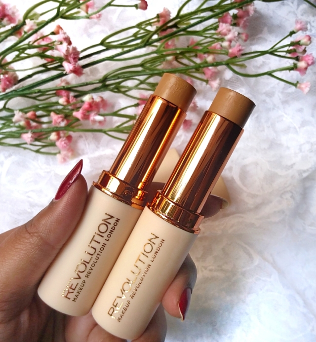 Makeup Revolution Fast Base Stick Foundation 2.jpg