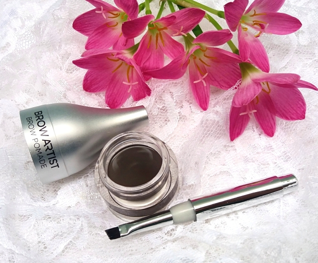 Loreal Brow Artist Brow Pomade review 6